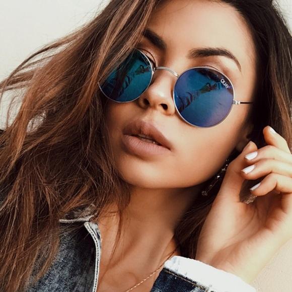 e1e94dd389 QUAY • Round Mirror Sunglasses